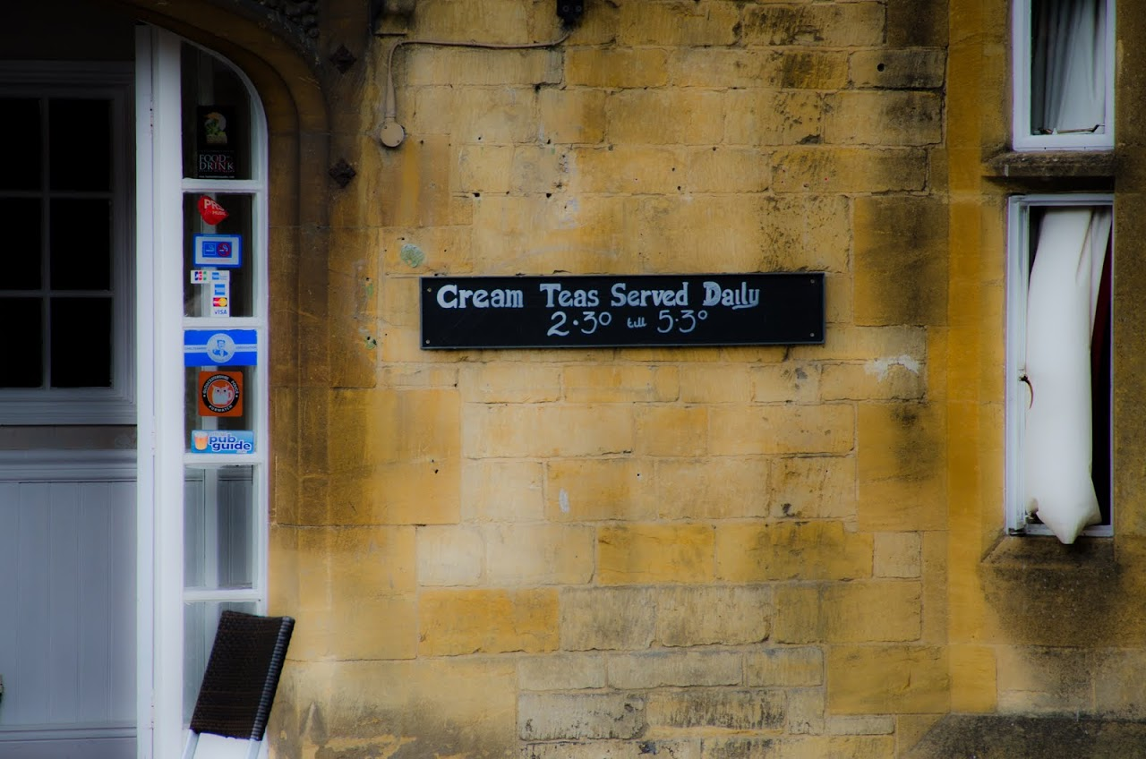 Cream tea in Cotswolds