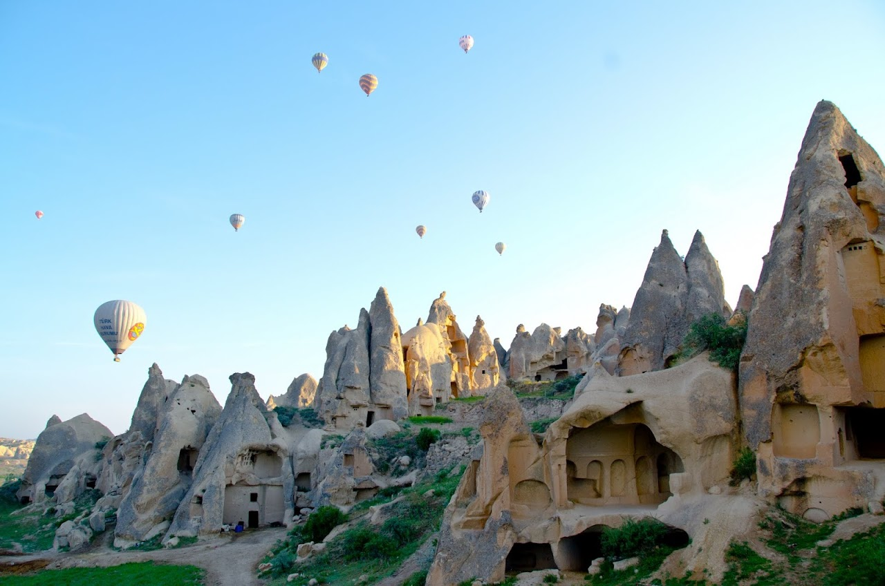If you want to completely enjoy your tour capadocia desde estambul then you should definitely use the help of ViajarTurquia. You should always make sure that you get an upfront price on every service. This way you can enjoy your trip without any worries aboutthe budget as you can get affordable services.